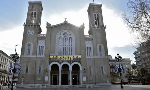 Ανοίγουν οι εκκλησίες: Με πιστούς οι λειτουργίες από Κυριακή 17 Μαΐου - Αυτά μέτρα θα ισχύσουν