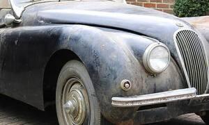 Αυτό το σκονισμένο αμάξι ήταν κάποτε... γυναικοπαγίδα!