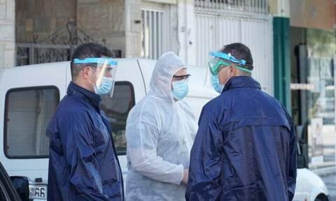 Κορονοϊός - Λάρισα: Από κηδεία η νέα «έκρηξη» κρουσμάτων στον οικισμό των Ρομά