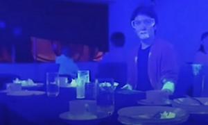 Αποκάλυψη! Πείραμα δείχνει πόσο γρήγορα μεταδίδεται από έναν άνθρωπο ο ιός (vid)