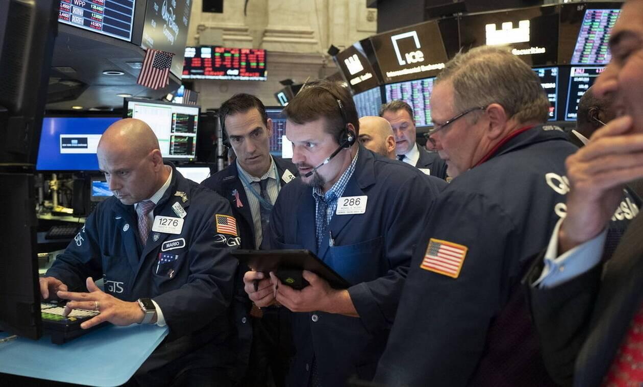 Νέα Υόρκη: Μεγάλη πτώση στη Wall Street - Απώλειες στην τιμή του πετρελαίου