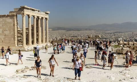 CNN: Η Ελλάδα από τους πρώτους ευρωπαϊκούς προορισμούς που θα ανοίξουν για τους τουρίστες