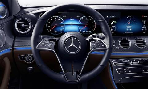 Πόσο έξυπνο είναι το τιμόνι της νέας Mercedes E-Class;