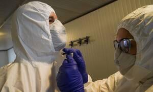 Κορονοϊός: Ανησυχητικά ευρήματα - «Η ομιλία μπορεί να μεταδώσει τον ιό»