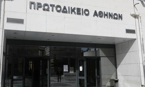 Δίκη Τοπαλούδη: Oι δικηγόροι κατηγορούν για προσβλητική συμπεριφορά την εισαγγελέα