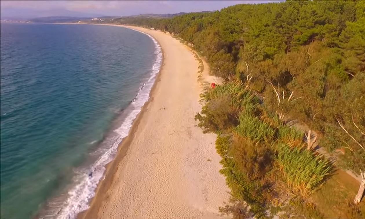 Αυτή είναι η μεγαλύτερη αμμώδης παραλία της Ευρώπης και είναι ελληνική! (vid)