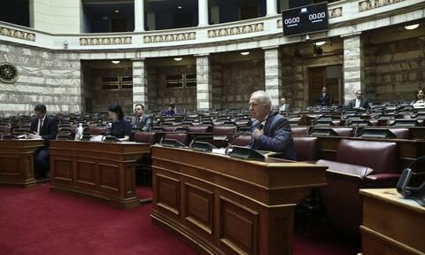 Βουλή: Εγκρίθηκε επί της αρχής το πολυνομοσχέδιο του υπουργείου Δικαιοσύνης