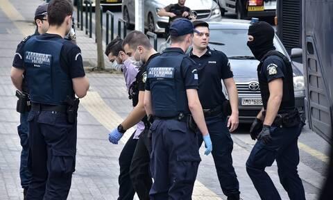 Δίκη Τοπαλούδη: Ομόφωνα ένοχοι οι δολοφόνοι της Ελένης - Συγκλόνισε ο πατέρας της