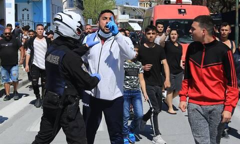 Κορονοϊός - Λάρισα: Ένταση στη Νέα Σμύρνη - Αρνήθηκαν να μεταφερθούν τα 35 κρούσματα
