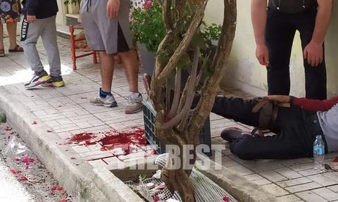 Πανικός στην Πάτρα: Μαχαιρώματα στη λαϊκή αγορά – Δύο τραυματίες