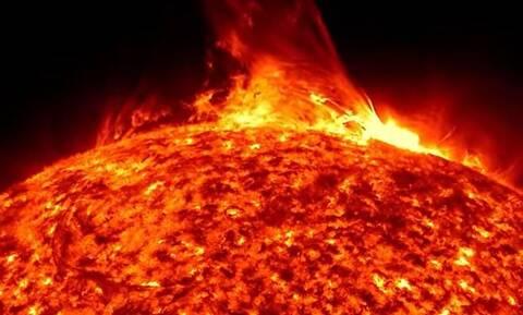 Οι επιστήμονες προειδοποιούν! Το «lockdown» του ήλιου και η ανησυχία για παγετό, σεισμούς και λιμούς