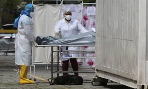 Κορονοϊός - «Καλπάζουν» οι αριθμοί: Πάνω από 304.000 οι θάνατοι - 4,5 εκατ. τα κρούσματα στον κόσμο