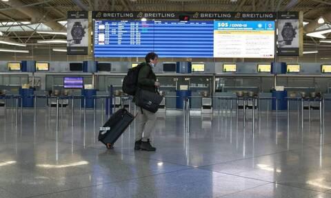 Κορονοϊός: Η «μάχη» της Ευρώπης για τα αεροπορικά ταξίδια - Τα τρία σενάρια