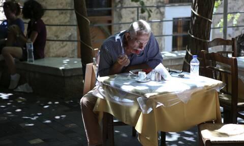 Άρση μέτρων - Εστιατόρια: Μέχρι πόσα άτομα θα κάθονται σε ένα τραπέζι