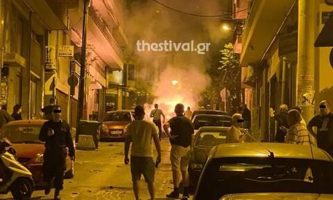 Θεσσαλονίκη: Επίθεση με μολότοφ σε διμοιρίες των ΜΑΤ από αντιεξουσιαστές (pics+vid)