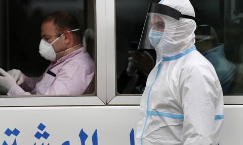 Κορονοϊός: Φορέστε μάσκα αλλιώς θα οδηγηθείτε στη φυλακή, λένε στους πολίτες Κουβέιτ και Κατάρ