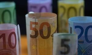 Συντάξεις: Οι αυξήσεις για όλα τα ταμεία - Πώς θα φορολογηθούν 70.000 συνταξιούχοι για αναδρομικά