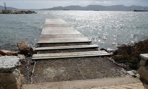 Εικόνες ντροπής και εγκατάλειψης στο παράκτιο μέτωπο της Ελευσίνας