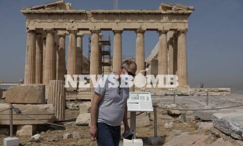 Ρεπορτάζ Newsbomb.gr: «Το πρώτο μέρος που πήγα μετά το lockdown είναι η Ακρόπολη»