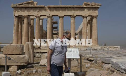 Ρεπορτάζ Newsbomb.gr: Το άνοιγμα της Ακρόπολης ταξίδεψε σε όλο τον κόσμο - Δείτε τα βίντεο