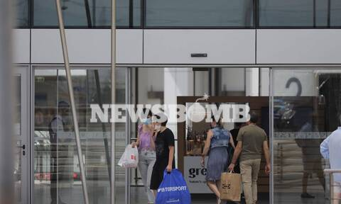 Άρση μέτρων-Ρεπορτάζ Newsbomb.gr-Άνοιξαν τα εμπορικά κέντρα: «Χλιαρή» η ανταπόκριση των καταναλωτών