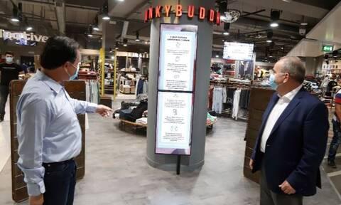 Άρση μέτρων: Αυτοψία Γεωργιάδη και Παπαθανάση σε εμπορικό κέντρο της Αθήνας (pics)