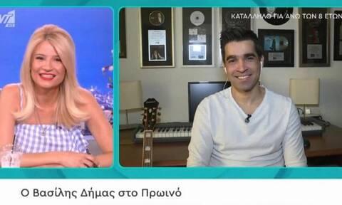 Δήμας: Έγραψε τραγούδι μέσα στην καραντίνα και το τραγούδησε ζωντανά στην Φαίη Σκορδά!