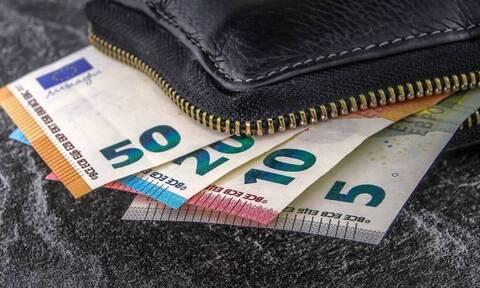 ΟΑΕΔ - Επίδομα 400 ευρώ: Έως την Κυριακή η δήλωση IBAN - Πότε θα μπουν τα χρήματα