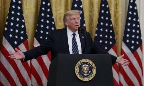 ΗΠΑ: Ο πρόεδρος Τραμπ αποκαλύπτει ότι παίρνει υδροξυχλωροκίνη (vid)