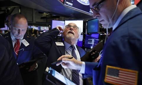 Μεγάλη άνοδος στη Wall Street μετά τα νέα για το εμβόλιο - Ράλι στην τιμή του πετρελαίου