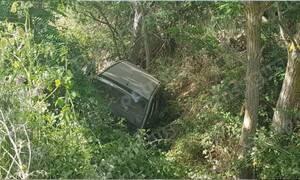 Ηλεία: «Άγιο» είχε οδηγός που έπεσε σε γκρεμό