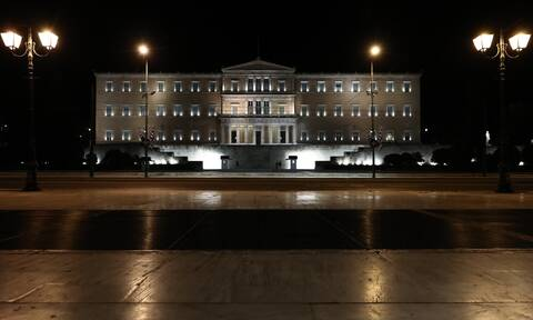 Νέα δημοσκόπηση: «Όχι» στο άνοιγμα των Δημοτικών λένε οι πολίτες - Ποια η διαφορά ΝΔ - ΣΥΡΙΖΑ