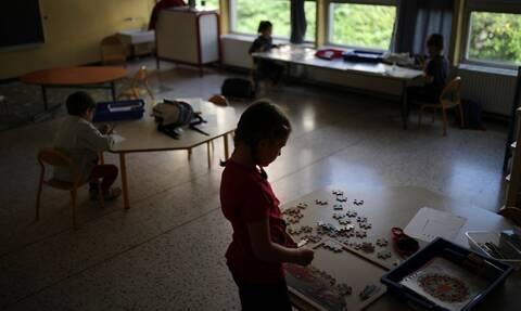 Κορονοϊός: Οι επιπτώσεις στην υγεία φτωχότερων παιδιών από τη διακοπή της εκπαιδευτικής διαδικασίας