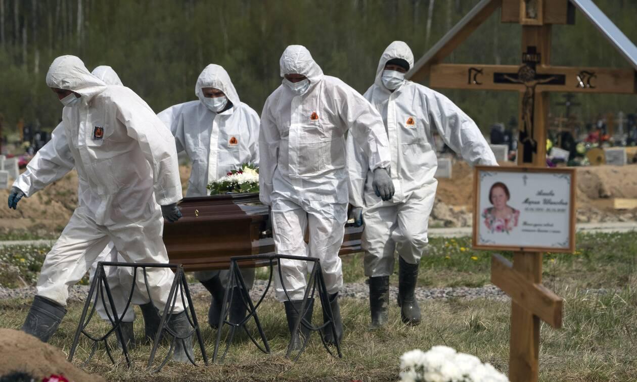 Κορονοϊός: 3.000 νεκροί και 300.000 κρούσματα στη Ρωσία-«Σταθεροποιείται» η κατάσταση, λένε οι Αρχές