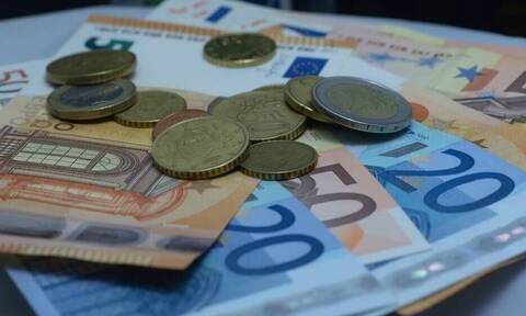 Μειώνεται ο ΦΠΑ σε 13% στα ΜΜΜ  - Παράταση στη μείωση ενοικίου 40%