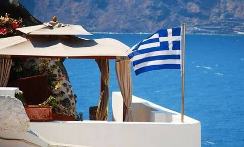 Επανεκκίνηση του τουρισμού: Νέο voucher διακοπών σε 250.000 δικαιούχους