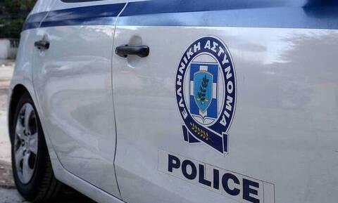 Σοκ στο Κερατσίνι: Συνελήφθη άνδρας με δεκάδες βίντεο κάτω από φούστες γυναικών