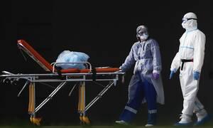 Власти Москвы заявили, что не будут отправлять на карантин с иммунитетом к COVID-19