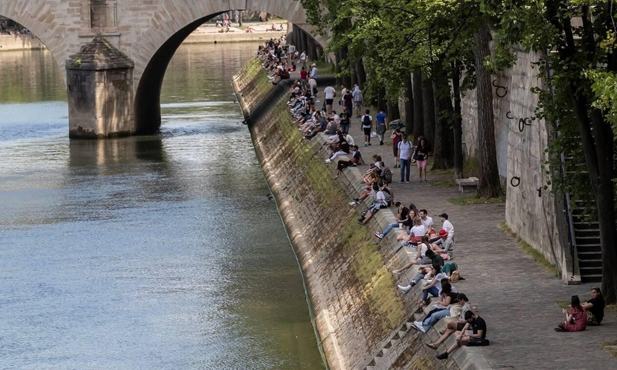 Κορονοϊός Γαλλία: 83 θάνατοι σε ένα 24ωρο - Μείωση νοσηλευομένων και κρουσμάτων