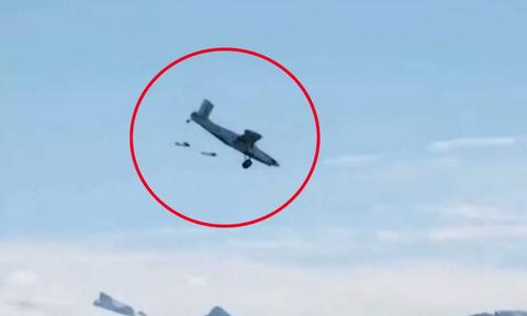 Συγκλονιστικό: Πήδηξαν μέσα σε αεροπλάνο, ενώ βρισκόταν στον αέρα