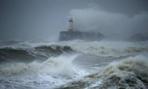 Ενδείξεις για περισσότερους και ισχυρότερους κυκλώνες φέτος στον Ατλαντικό