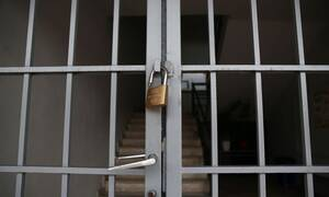 Άνοιγμα Δημοτικών Σχολείων: Γιατί είναι ορατός ο «εφιάλτης» ενός δεύτερου κύματος της πανδημίας;