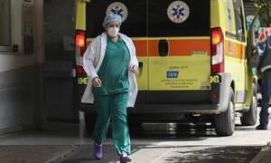 Κορονοϊός: Η πορεία του ιού από τον Μάρτιο στην Ελλάδα - Οι πίνακες με τα έως τώρα δεδομένα
