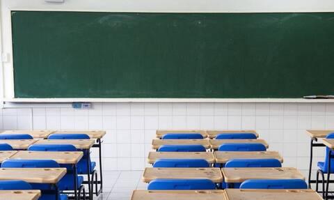 Κύπρος: H viral φωτογραφία μαθητών που προκάλεσε ανάμεικτα συναισθήματα (pic)