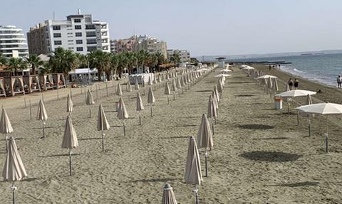 Κύπρος: Έτσι θα λειτουργούν από αύριο οι οργανωμένες παραλίες