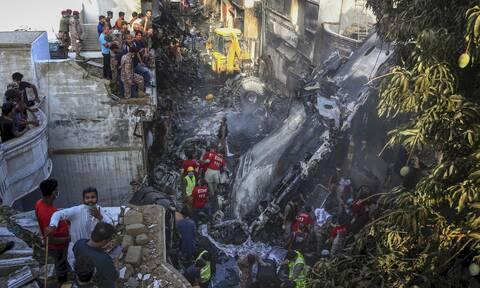 Αεροπορική τραγωδία στο Πακιστάν: Τα τελευταία λόγια του πιλότου πριν τη συντριβή