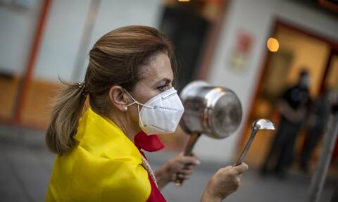Κορονοϊός Iσπανία: Στους 28.628 οι νεκροί από τον ιό - Πενταπλάσιοι οι θάνατοι μεταξύ των φτωχών
