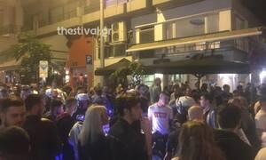 Θεσσαλονίκη: Άγριο ξύλο στο δρόμο για take away ποτά! (video)