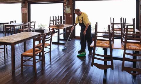 Ανοίγει αύριο η εστίαση: Αναλυτικές οδηγίες για το πώς πρέπει να λειτουργούν εστιατόρια και καφέ