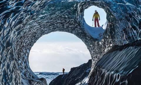 Μαγικές εικόνες! Όμορφα σπήλαια λάμπουν στον μεγαλύτερο παγετώνα της Ισλανδίας (pics)